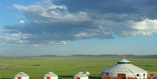 察尔森蒙古包旅游区