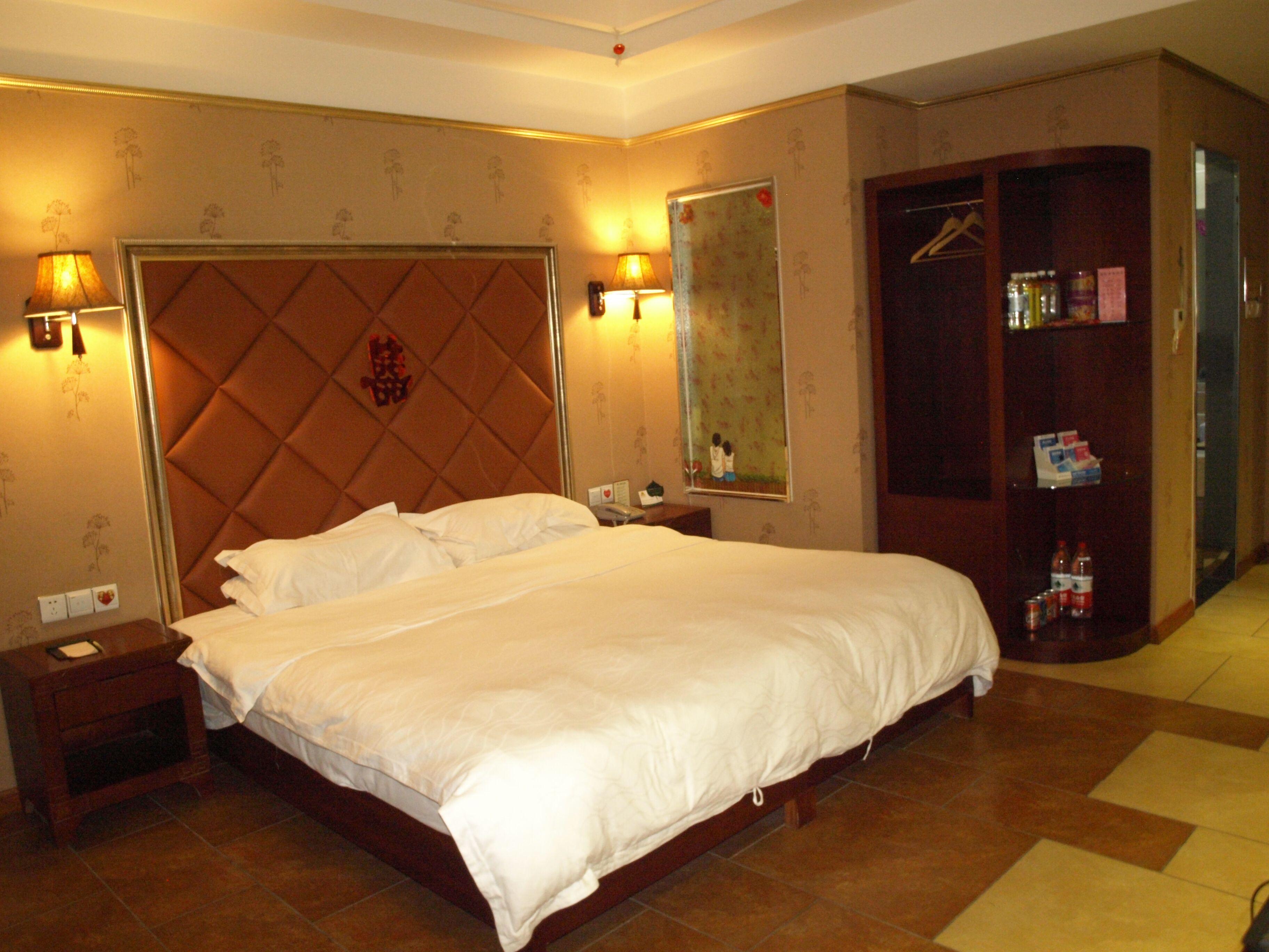 聚阳商务酒店