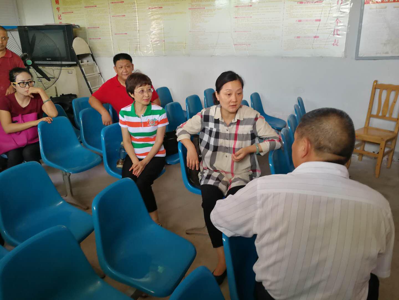 德阳市bwin开户注册深入中江县创新村开展精准扶贫结对帮扶工作