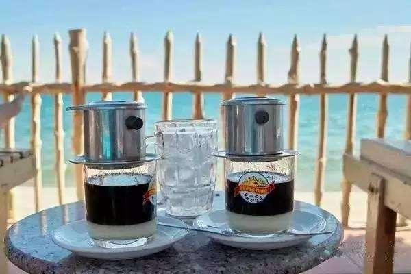 跟着小编一起制作正宗越南咖啡